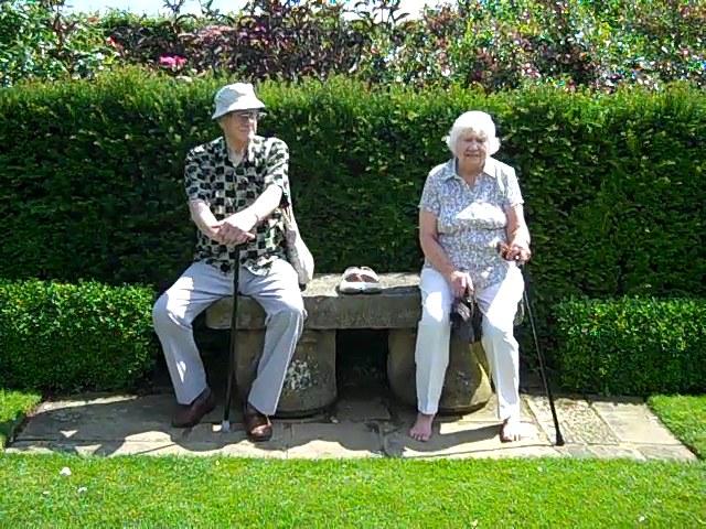 mama & papa 65 years